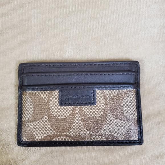 Coach Accessories - COACH CARD HOLDER